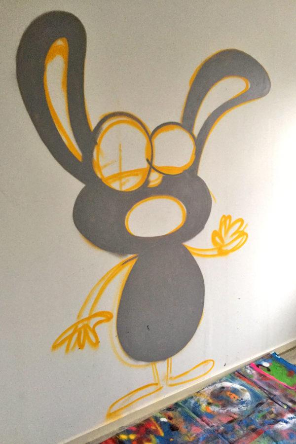 Muurschildering-Grijze-Konijnie